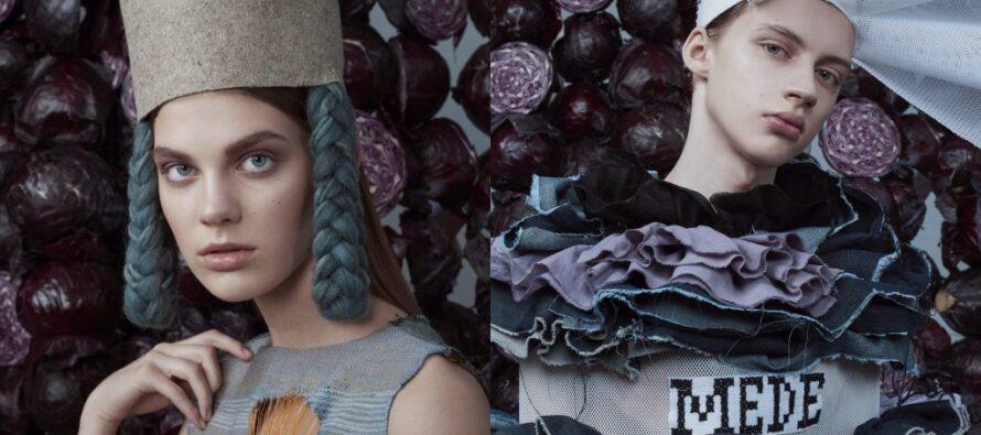 """Fotoutställning """"Estlands egna blå"""" av modestudenter vid Estlands konstakademi i varuhuset Kaubamaja i Tartu"""