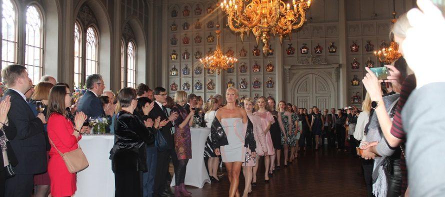 Israelisk modedesigner Elisha Abargel ordnade modeshow i Helsingfors + FOTON!