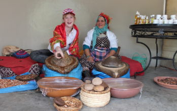 "Helena-Reet: Sällsynthet i Marocko – arganolja! Besök hos affären ""Khmissa Argan"" i Essaouira"