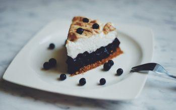 Vad laga för mat? Recept: Blåbärsbakelse under marängtäcke